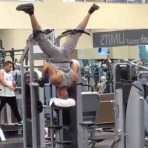 The Funniest Images Captured At The Gym